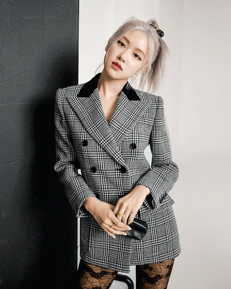 Rose-BlackPink-Double-Breasted-Houndstooth-Suit-Jacket-2