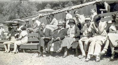 Photo: Isidor Heyman, Ernestine Bernstein Heyman, Mollie Raphael Marks