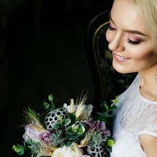 Wedding photographer Evgeniya Pileckaya (Evgena). Photo of 16.12.2015