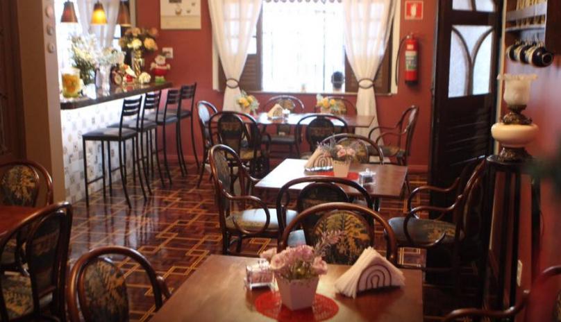 cafeteria petit café bistrô