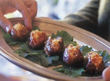 Dates Stuffed With Goat Cheese Recipe