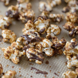 Peanutbutter Cup Popcorn from DIY Vegan.