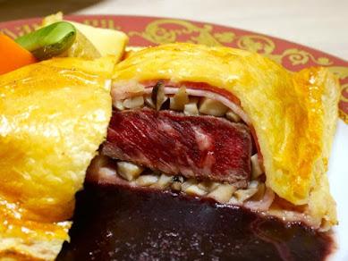 本日3月12日に日本初上陸!本場のボルシチやピロシキが味わえる!モスクワで人気の老舗ロシア料理店『ゴドノフ東京』