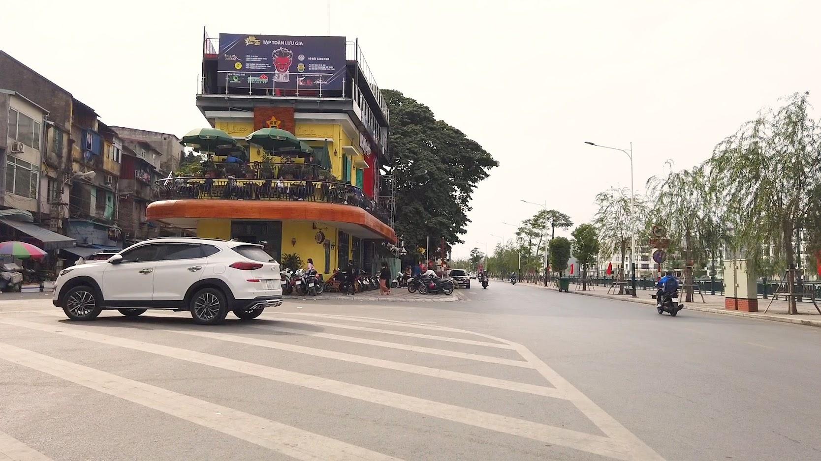 Cà phê view đẹp Bắc Việt phố đi bộ Tam Bạc ở Hải Phòng 3