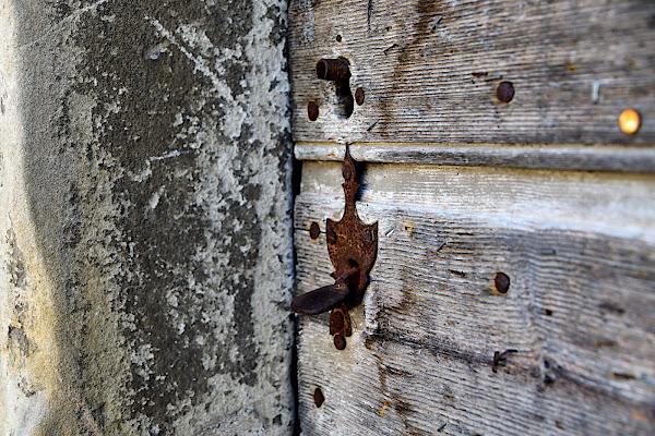 Vecchia porta di dadoo