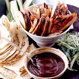 Peking Chicken Roll-Ups