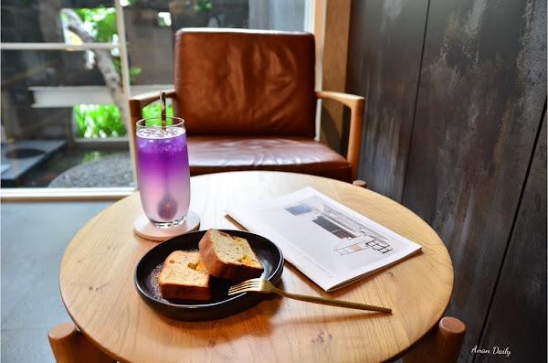 巷弄裡的質感白色咖啡店/充滿設計感的舒適環境/不限時咖啡廳/Beetle Tree Cafe/科工館站美食