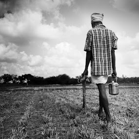 Time for lunch!! by Saravanakumar Thangavelu - People Portraits of Men