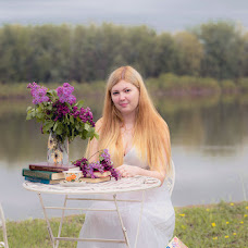 Wedding photographer Elina Zhelnovacheva (ElinaSove). Photo of 12.12.2015