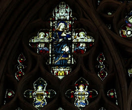 Photo: Detail 10 - Stained glass window West front Hereford Cathedral - 1902