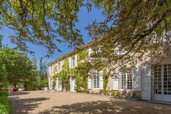 château à Revest-des-Brousses (04)
