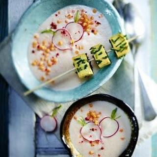 Radieschensuppe mit Bärlauchpesto