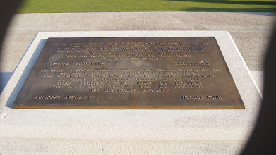 Photo: Plaque commemorating the end of WWI