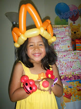 Photo: Heidi can twist balloons into crowns, bracelets and rings! Book Heidi by calling888-750-7024