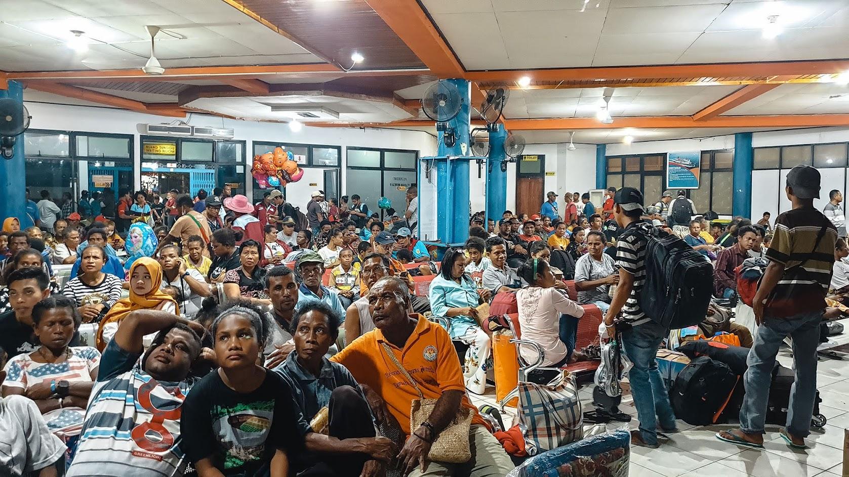 Dias 122 a 125 - WAMENA e Vale de Baliem, um contratempo em Jayapura