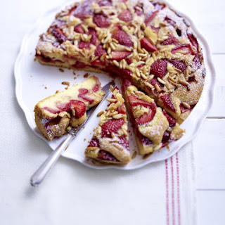 Strawberry Cake with Pine Nuts
