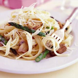 Mushroom and Asparagus Pasta