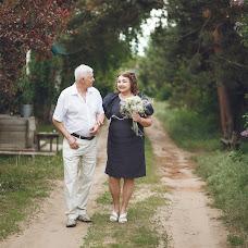 Wedding photographer Vitaliy Davydov (hotredbananas). Photo of 03.08.2017