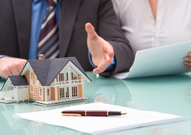 """Đọc kỹ hợp đồng để không vướng """"bẫy"""" của nhà đầu tư"""