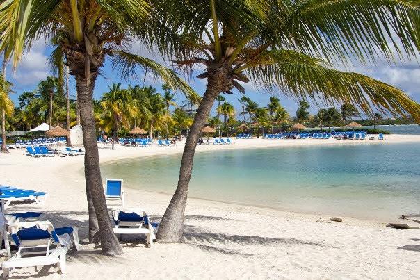 Surfside Beach, Oranjestad