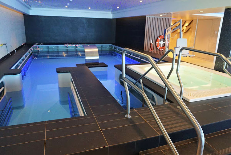 >A whirlpool and pool that are  part of the Thermal Suites, available for a weeklong pass. (Click to enlarge.)