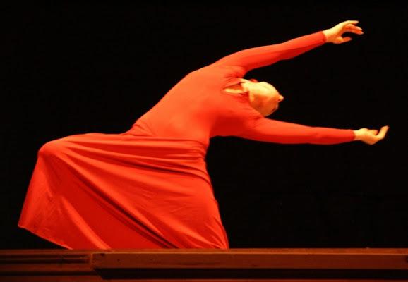 Rosso danzante. di Sharon_Ops