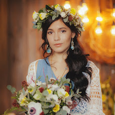 Wedding photographer Elena Smirnova (TheSiren88). Photo of 20.04.2015