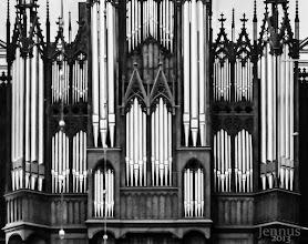 Photo: Die viermanualige Schweriner Domorgel verfügt über 84 Register, besitzt 5200 Pfeifen und ist damit die größte original erhaltene Orgel von Ladegast und die größte deutsche Orgel vor 1900.