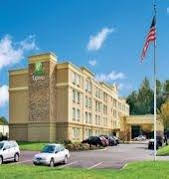 Holiday Inn Express and Suites West Long Branch Eatontown