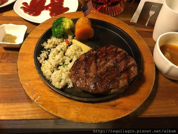 史提克先生Mr.Steak健行店,CP值高的牛排餐廳,還有無限續的薯條哦!大推!!!