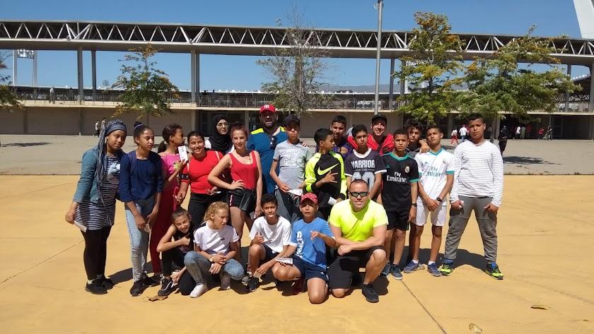 Foto del grupo antes del partido del domingo.