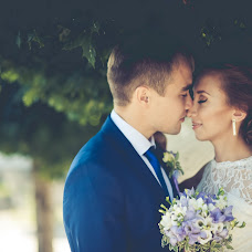 Wedding photographer Denis Astaev (Adeni). Photo of 15.02.2014