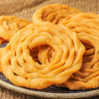 Kai Murukku Recipe (South Indian Diwali Snack)