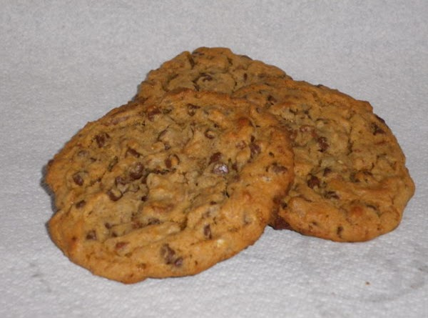 Giant English Toffee-chocolate Chip Cookies Recipe