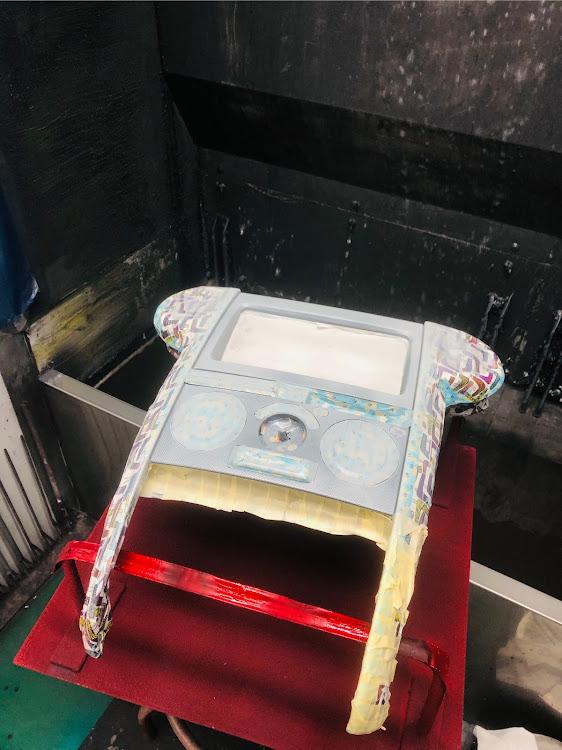 bB NCP31の疲れてテンションぶっ壊れ,塗装に関するカスタム&メンテナンスの投稿画像2枚目