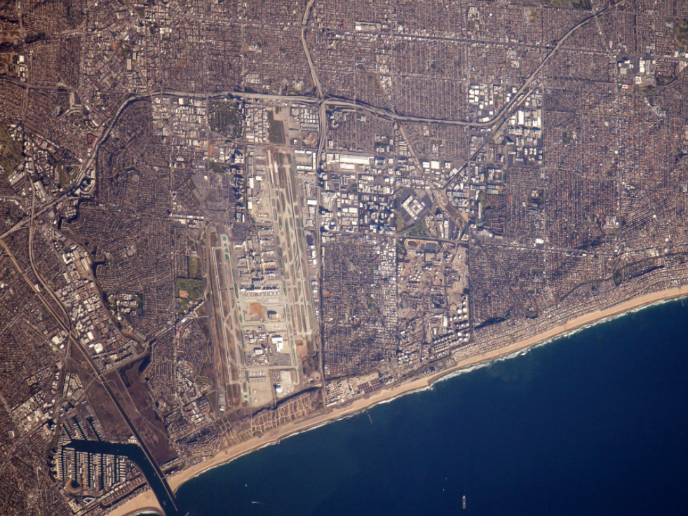 lax-in-california-is-offset-by-marina-del-ray-and-manhattan-beach.jpg