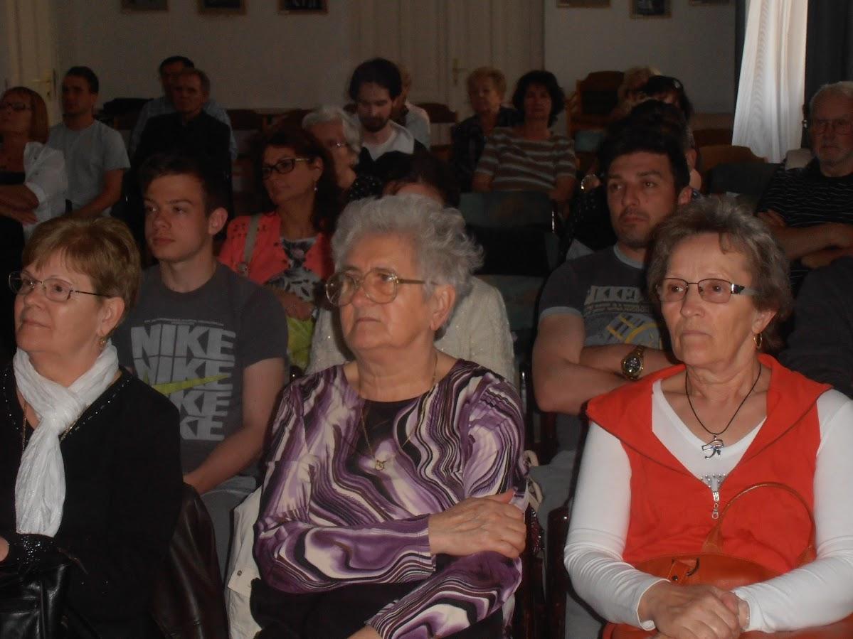 Az előadás közönsége