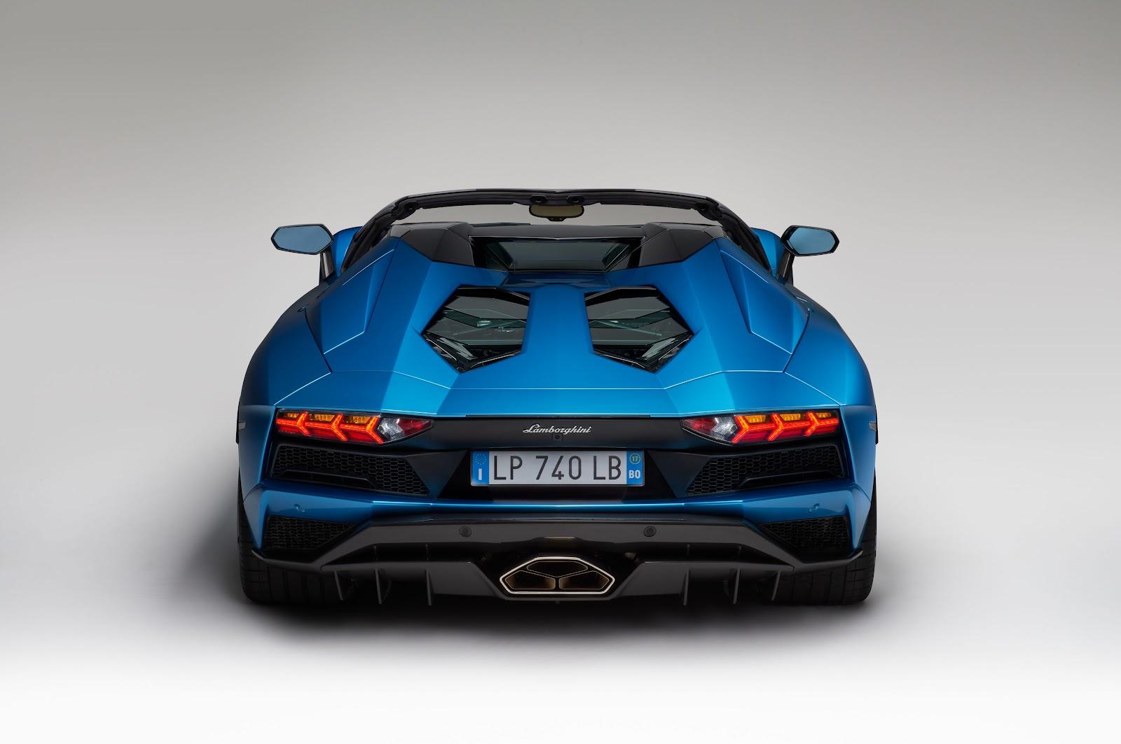 Lamborghini-Aventador-S-Roadster-rear.jpg