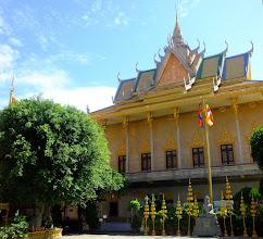 Photo: Inside the Wat gate