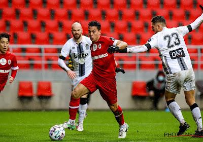 Antwerp sluit het jaar winnend af en stuurt Charleroi puntenloos huiswaarts.