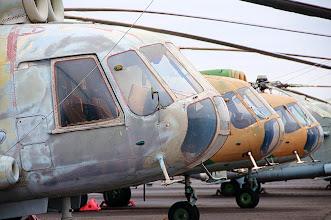 Photo: 3 śmigłowce Mi-8