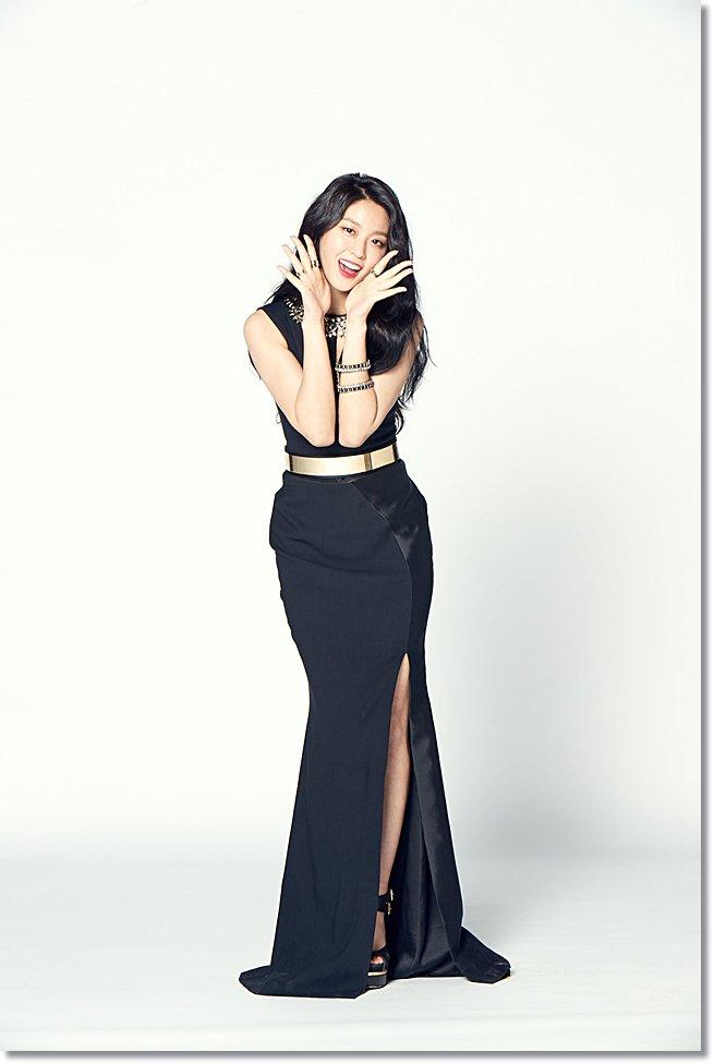 seolhyun black 3