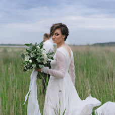 Wedding photographer Vasilisa Ryzhikova (Vasilisared22). Photo of 10.06.2018