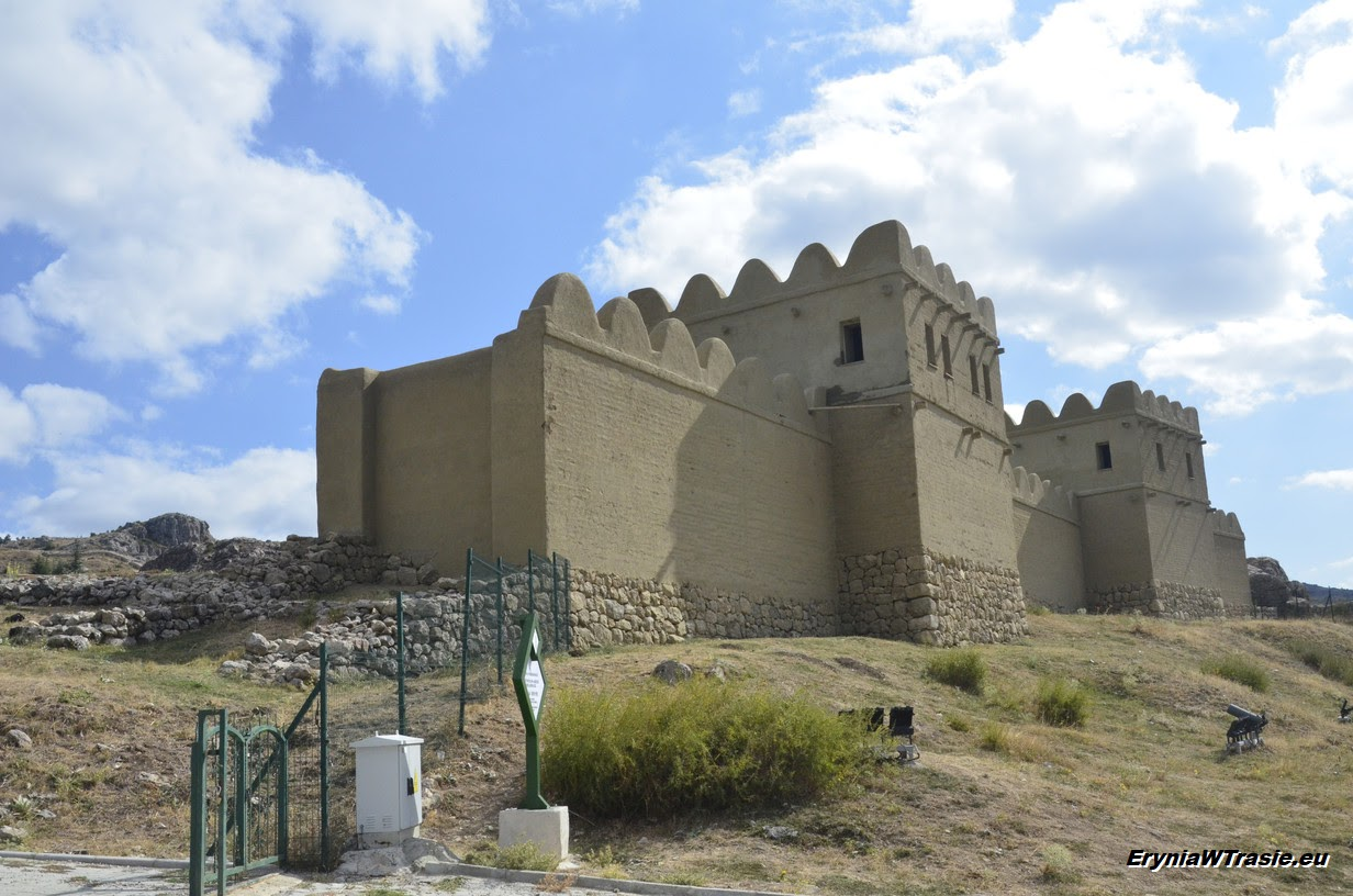 patrz: Hattusza (Hattuşa)