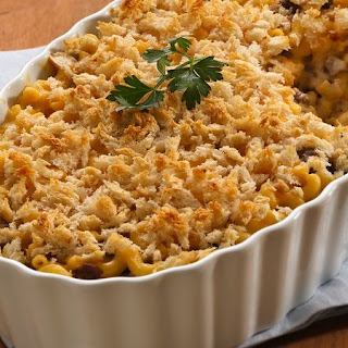 Layered Mac and Cheese with Ground Beef.