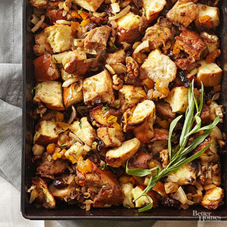 Challah Stuffing with Fennel and Dried Fruit