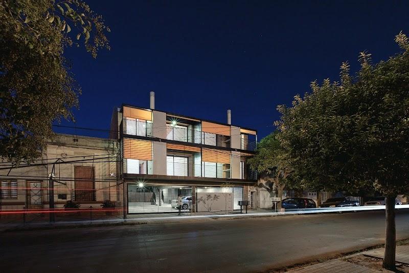 Edificio en calle Lavalle - Biagioni/Pecorari Arquitectos