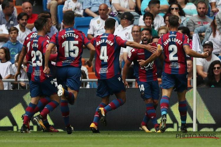 Opvallend! Eerste doelman van Levante opgeroepen als toezichter in stemlokaal