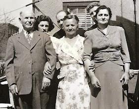 Photo: (F) Isaac and Rachel Landsberg, Anna Braunhart Tulman, (B) Mildred Tulman Landsberg, Frank Landsberg, Harry Tulman