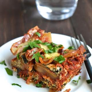 Skinny Spinach and Ricotta Crockpot Lasagna